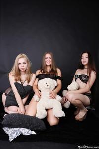 Rebecca Isabelle Katrin - Triple Treat (Zip)0633sndmfu.jpg