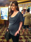 Sara Rue on the Set of Rules of Engagement