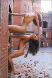 Anna Z & Julia in Perfect Pairu5h5smpzk7.jpg