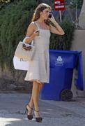 http://img295.imagevenue.com/loc427/th_481497862_Nikki_Reed_shopping_at_Dior7_122_427lo.jpg