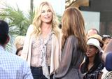 "Maria Menounos & Rebecca Romijn | On the Set of ""Extra"" @ The Grove in LA 