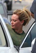 http://img295.imagevenue.com/loc522/th_806949850_Hilary_Duff_Going_to_Workout18_122_522lo.jpg