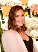 http://img295.imagevenue.com/loc569/th_056787596_MandyMoore_TheFourthAnnualVeuveClicquotPoloClassic4_122_569lo.jpg